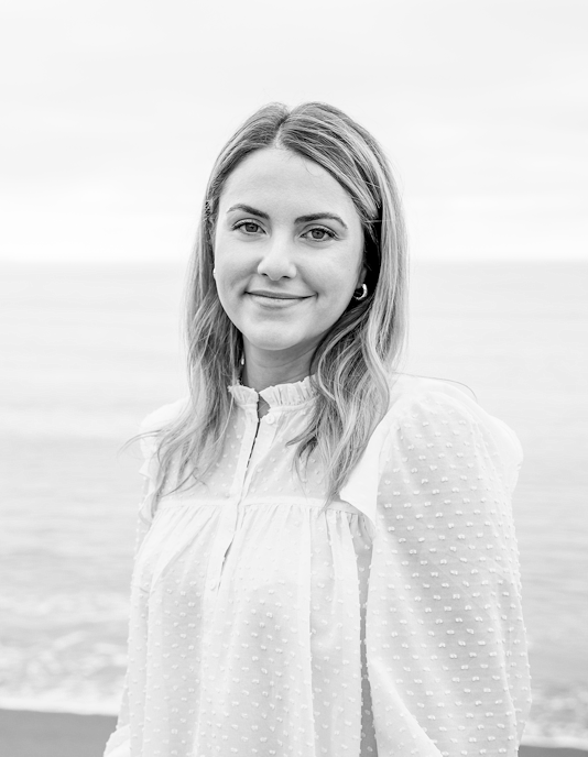 Meet Cristina Galán from our team of experienced real estate agents in Marbella, Spain.